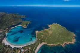 France • Corse : L'île-montagne vue du ciel