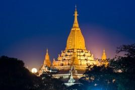 Birmanie • Bagan : Pleine lune sur Ananda